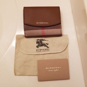 Authentic Burberry like new wallet